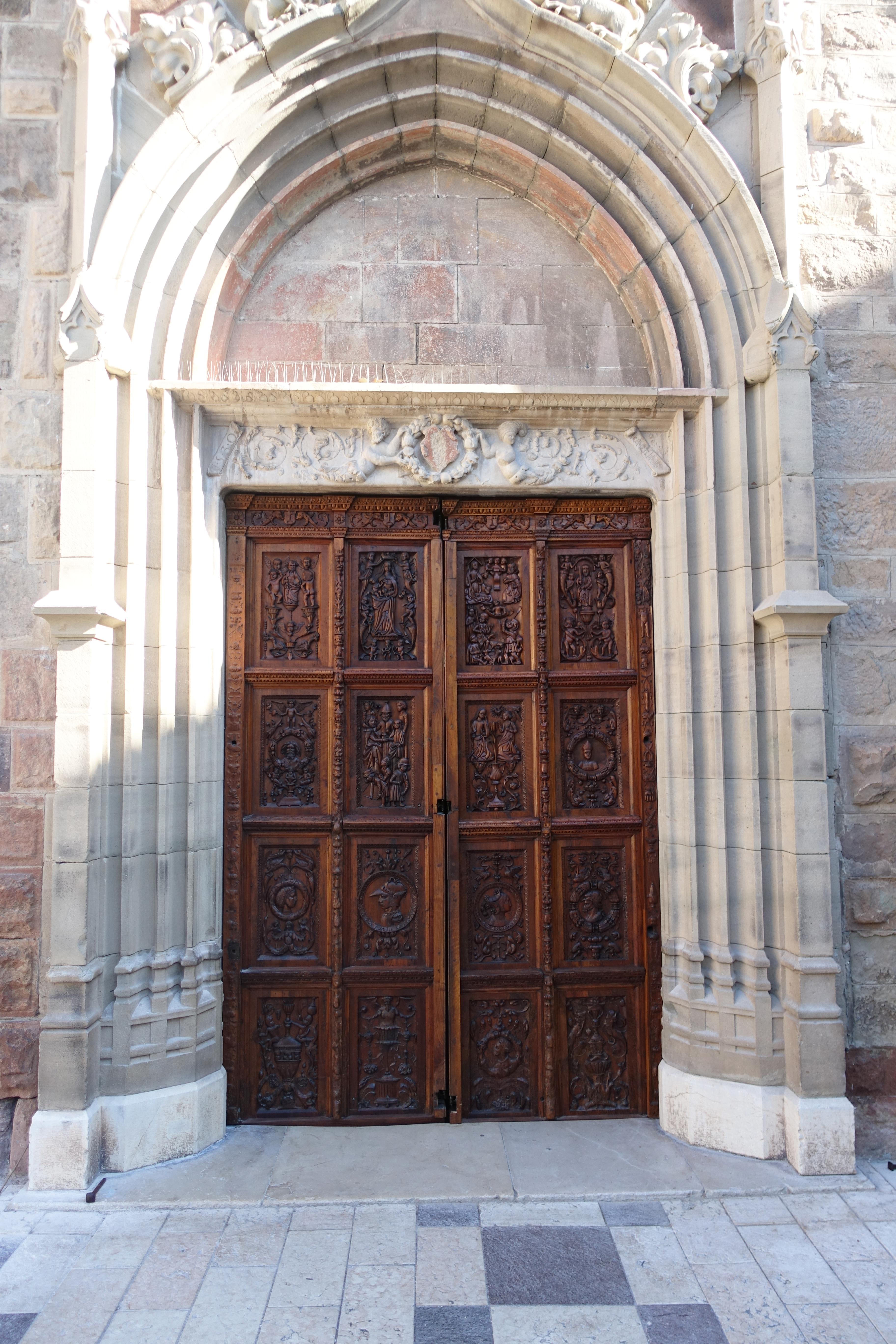 Portail de la Cathédrale de Fréjus
